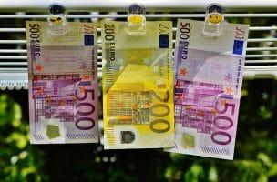 billets banque pour évoquer chiffre d'affaires, bénéfice et trésorerie